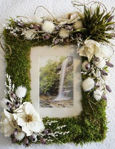 11x9.5 Moss and Dried Flowers Picture Frame with Matting