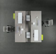 Tre desk top view