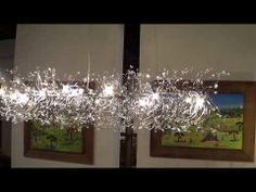 ניברשות אווירה ותאורה מרכזית. זכוכיות Murano בשילוב כבלי מתכת ממוחזרים ממוצרי חשמל ישנים.  מבחר רחב של מידות ופרופורציות להתאמה לחלל הבית.