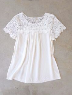 Crochet Harper Blouse - Click Image to CloseLoving this white crochet Cotten blouse!love the crochet detailing and tapered flare at bottomThe business states that Lacoste Live! Actually, as an entrepreneur, your company depends upon attention. Mode Outfits, Casual Outfits, Vintage Inspired Outfits, Cotton Blouses, Mode Style, Lace Tops, Spring Summer Fashion, Dress To Impress, Ideias Fashion