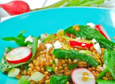 Spinach and wheat berry salad with lemon shallot vinaigrette