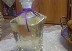 Great recipe for Mastic liqueur. What can I say for the mastic liqueur? It is unique, tasty, with a great aroma and especially, Greek! Use it for aroma in your sweets but it is also amazing as a drink. Recipe by ΔΙΔΥΜΙΝΑ Greek Desserts, Greek Recipes, The Kitchen Food Network, Freezing Fruit, Food Decoration, Recipe Images, Cookbook Recipes, Cocktail Drinks, Vases