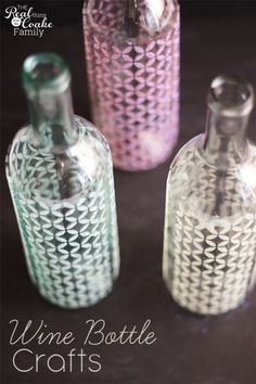 Wine bottle crafts are so fun. These are beautiful vases made with Mod Podge, stencils and glitter.