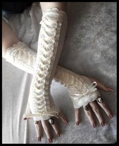 Arm Warmers - Corset Laced Up in Pale Ivory w/ Lace - Lolita Steampunk | ZenAndCoffee - Accessories on ArtFire... NEED THESE!!!!!!