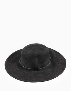 At Stradivarius you'll find 1 Suede-look wide brim hat for woman for just 15.99 £ . Visit now to discover this and more CAPS AND HATS.