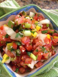Pico de Gallo, Salsa – Recipe for Fresh Salsa Recipes Appetizers And Snacks, Veggie Recipes, Mexican Food Recipes, Healthy Snacks, Healthy Eating, Healthy Recipes, Ethnic Recipes, Yummy Recipes, Healthy Life