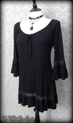 Black Lace Trim Bell Sleeve Ruffle Tunic Top S 8 10 Romantic Goth Boho | THE WILTED ROSE GARDEN