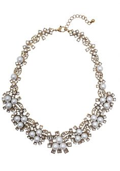 Beautiful Pearls Statement Necklace 26,90 € #happinessbtq
