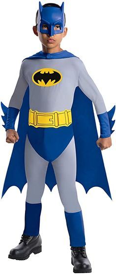 Boys Halloween Costume-Batman Kids Costume Medium : The perfect costume to introduce your own little hero to the world of the caped crusader, Batman! Jumpsuit, mask, cape and belt. Costume Batgirl, Batman Costume For Boys, Superhero Costumes Kids, Batman Halloween Costume, Batman Costumes, Batman Outfits, Costumes For Teens, Boy Costumes, Super Hero Costumes