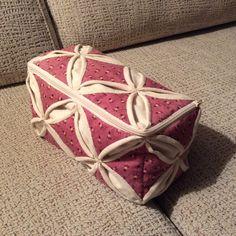 Bolsa para pedal y cables máquina de coser.