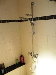 1930-sfeer badkamer | halfsteens getegeld | 3d ontwerp | monique van waes mozaiek.com