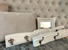 Perchero De Pared Luis Xv Estilo Frances Divinos !! - $ 2.200,00 en Mercado Libre Bed Pillows, Pillow Cases, Couch, Furniture, Home Decor, Pillow Beds, Wall Coat Hooks, French Style, Free Market
