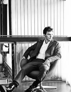 grafika sam claflin and actor Sam Claflin, Sams C, Hunger Games Movies, Star Wars, Now And Then Movie, Catching Fire, Celebs, Celebrities, Attractive Men