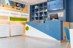 Design interior spatiu comercial - magazin Optica Bucuresti - iDecorate Design Interior, Loft, Bed, Furniture, Home Decor, Decoration Home, Stream Bed, Room Decor, Lofts