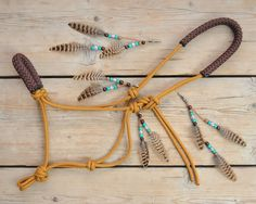 Horse Beads | 'Real Feather' manebead naar wens | 3 veren