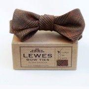 Brown Linen Vintage #Bow Tie by dinamalkova.com