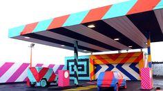 Seit einiger Zeit verfolgen wir mit großem Interesse die Arbeit des irischen Künstlers MASER, der mit bunten Farben und geometrischen Formen arbeitet.