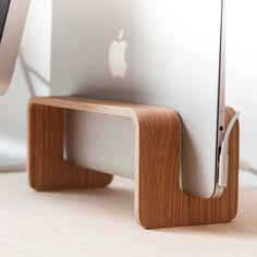 Fancy - Vertical MacBook Stand