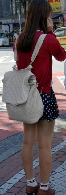 japanese street fashion - girl's bags trends - fashion in japan