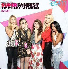 Photo: Sabrina Carpenter Had Fun With Her Sister, Peyton List, Olivia Holt
