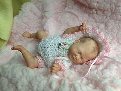 OOAK Prosculpt polymer clay newborn baby MINI sculpt art doll 5 DAYS NO RESERVE!