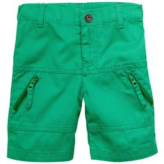 Green+bermudas+made+of+cotton+twill.+Straight+cut.+Adjustable+waistband+with+an+inner+button+elastic+strap.+One+press+stud+on+the+front.+Zip+pockets+on+the+legs.+-+£+18,00