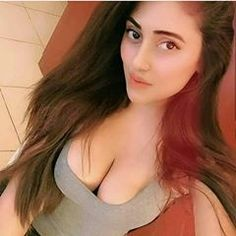 Koi Ghumne jayega Pagliii only for frnd 😘 . Dad's little girl 😘 🎊Princess for frnd & family. 🎉born on 25 August 🎉🌃 . Die hard fan of 💞salman💖 .Image may contain: 1 person, closeup Beautiful Girl Indian, Beautiful Girl Image, Most Beautiful Indian Actress, The Most Beautiful Girl, Dads Little Girl, Cute Beauty, Girl Body, India Beauty, Sexy Hot Girls