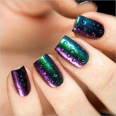 chromatic green and purple nail idea