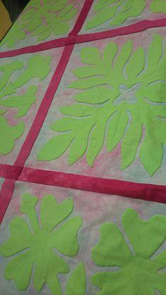 Y様サンプラーズのラティスを付けて雰囲気が出来てきました🎵チェリーピンクのラティス布と土台布は何年か前の布で 今、探しても無い布です土台の微妙な色が わ…