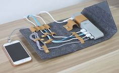 Universal Cable Travel Organizer Wool Felt Case built-in 4-Port USB AC Adapter