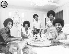 The Jacksons - 1978 - Chris Walter Photoshoot Facts About Michael Jackson, Michael Jackson Bad Era, The Jackson Five, Jackson Family, Mike Jackson, Berry Gordy, The Jacksons, Motown, Family Love