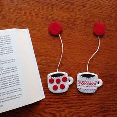 Kitap Ayraçları Whatsapp 0545 839 41 10 Bookmarks Whatsapp 0545 839 41 10 bookmarks # # # kitapayrac of coffee # # # seals cup of coffee # # # okumasaat of handmade gift # Cute Crafts, Felt Crafts, Felt Bookmark, Kawaii Gifts, Gifts For Readers, Handmade Felt, Handmade Bookmarks, Felt Brooch, Felt Ornaments
