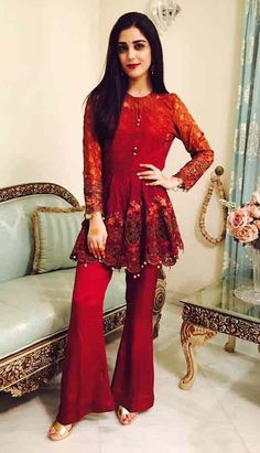 Red party wear frock designs for girls in Pakistan Pakistani Frocks, Pakistani Party Wear, Pakistani Wedding Outfits, Pakistani Couture, Pakistani Dress Design, Pakistani Dresses, Indian Dresses, Indian Outfits, Pakistani Girl