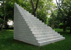 Sol LeWitt, Pyramid (Münster), 1987