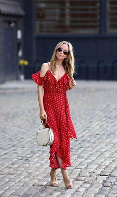 Flow with Me - Dress: Band of Gypsies | Shoes: Aquazzura | Bag: Chloe Nile | Sunglasses: Ray Ban | Cuff: Hermes | Lipgloss Bobbi Brown Bellini June 14, 2017