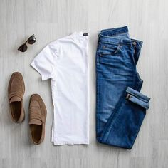 CHICS KIND is an online magazine for men's fashion. New Fashion Clothes, Fashion Sale, Fashion Outlet, Paris Fashion, Fashion Fashion, Runway Fashion, Womens Fashion, Fashion Trends, Style Masculin
