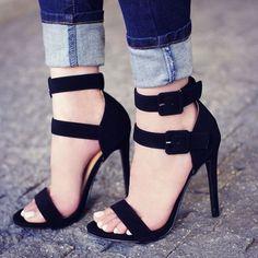 Shoespie Gorgeous Black Stripes Buckle Dress Sandals