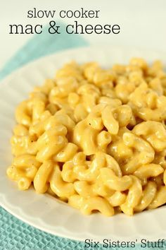Slow Cooker Creamy Macaroni and Cheese – Six Sisters' Stuff