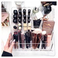 WEBSTA @ wendy_online - $15 makeup storage? Don't mind if I do! picked up…                                                                                                                                                                                 More
