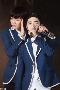 Chanyeol and D. - Chanyeol why are you so cute Chansoo, Chanbaek, Exo Korean, Korean Men, Planet 1, Exo Couple, Xiuchen, Do Kyung Soo, Park Chanyeol