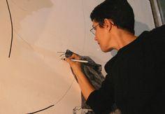 A artista Ana Teixeira participa do projeto de criação coletiva que resultará na exposição Vaivém (Foto: Divulgação)