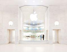 Apple Store Louvre Paris  #applestorearchitectureretail Pinned by www.modlar.com