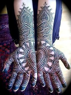 Incredible indigo Mendhi #indigoeveryday - Other cultures are absolutely amazingly beautiful and inspiring.