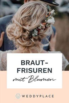 Blumen sind nicht nur wunderschön, sondern auch absolut im Trend für das Hochzeitsstyling. Ob Brautfrisuren mit einzelnen Blumen-Akzenten, Haarspangen mit echten Blumen verziert oder traumhafte Blumenkränze. Blumen für das Hochzeitsstyling zu nutzen, wird immer beliebter! Blumenkranz von ©Kopflegenden. #WeddyPlace #Bridehair #Brautfrisur #Brautfrisurenmitblumen #flowerpower Band, Fashion, Flower Jewelry, Brides And Bridesmaids, Wedding, Single Flowers, Real Flowers, Hair Pins, Hair Jewelry
