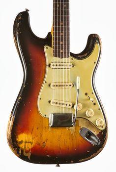 1963 Stratocaster Sunburst. via Vintage Guitarz