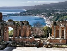 Book sicily tours with sicily airport transfer to find etna, catania, taormina and syracuse etc. so make the most of your time on this captivating italian island. Verona Italy, Puglia Italy, Venice Italy, Catania, Sicily Tours, Visit Sicily, Oriental, Sicily Travel, Amigurumi
