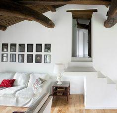 #excll #дизайнинтерьера #решения Дом находится в северной части Испании, которая известна своей красивой природой на побережье Атлантического океана.