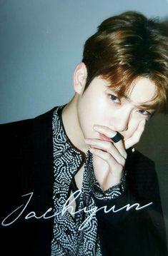 c: hcmyfullsun Chain Photocard Taeyong, Haikyuu, Jung Yoon, Valentines For Boys, Jung Jaehyun, Jaehyun Nct, Fandoms, Entertainment, Winwin