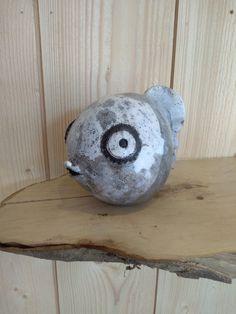 Poisson boule en raku Artisans, Pottery, Ceramica, Pottery Pots, Ceramics, Ceramic Art
