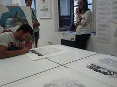 "Boamistura signing ""Some pursue happiness others create it""www.guntergallery... #artprint #silkscreen #arthunter #serigrafia #instaart #art #graphicart #serigraphy #printing #streetart #guntergallery #illustration #screenprint #ilustracion #cosasbonitas #gift #artgift #unique #picoftheday #artshop #dyingart #artlovers #illustrator #decoracion #decoration #artejoven #artcollection"